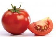 Vì sao nên uống nước ép cà chua mỗi ngày?